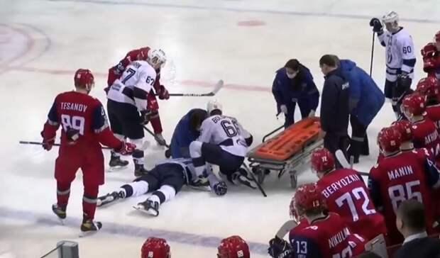 Российский хоккеист умер через четыре дня после попадания шайбы в голову