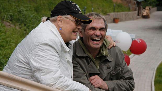 Алибасов лишился последнего: вся родня бьется в исступлении