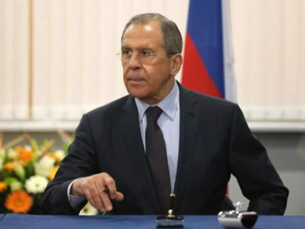 Лавров пресек неуважительное отношение в Баку: «Мы вам не очень мешаем?»
