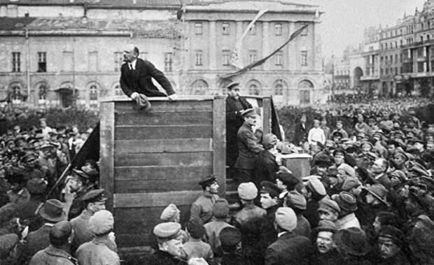 «Расстрелять сотни проституток»: зачем Ленин устроил террор в Нижнем Новгороде