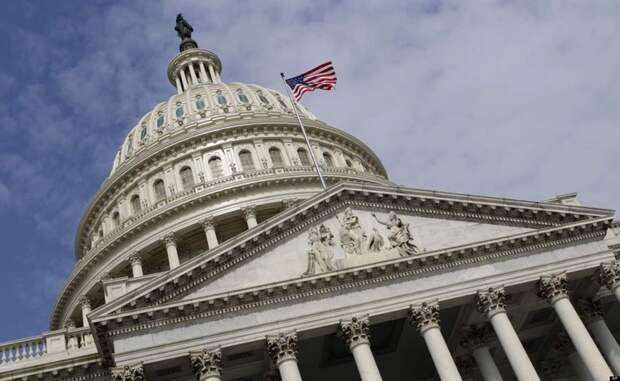Американские конгрессмены испугались за выбор Зеленского: с кем предпочтет дружить Украина