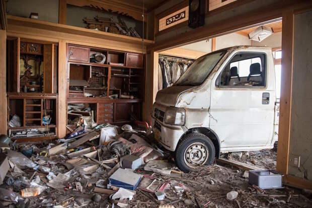 fukushima-japan-nuclear-plant-aftermath44-1