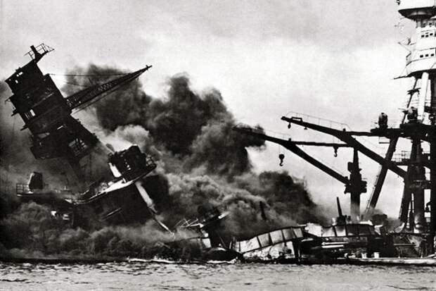 День в истории: армия США за сутки потеряла около 200 истребителей и 7 военных корабле
