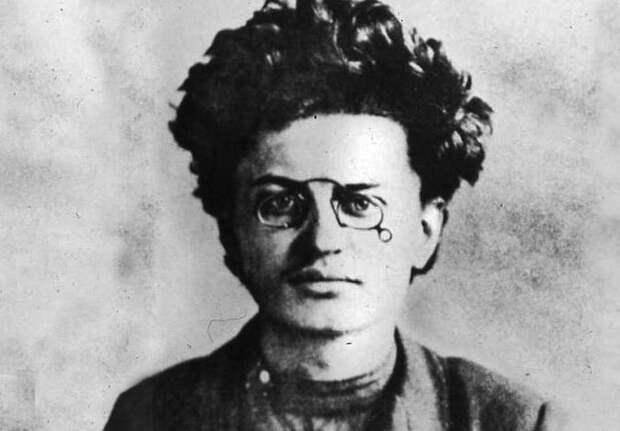 Лев Бронштейн: чем занимался Троцкий пока не стал революционером