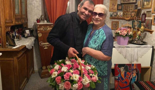 Лена Ленина рассказала, кто виноват в разводе Алибасова и Федосеевой-Шукшиной