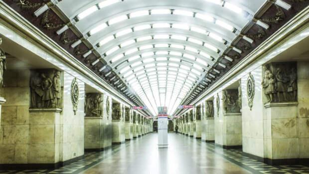 Жители Петербурга перечислили запахи, которые хотели бы чувствовать в метро