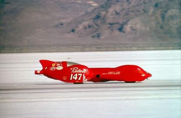 Стримлайнер «Redhead», выигравший заезд и развивший скорость 533 км/ч Озеро Бонневилль, авто, бонневилль