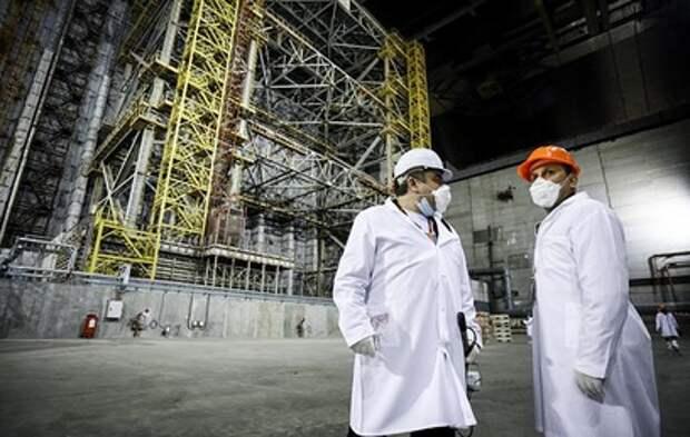 """""""Тлеющие угли в мангале"""": что происходит под руинами Чернобыльской АЭС"""