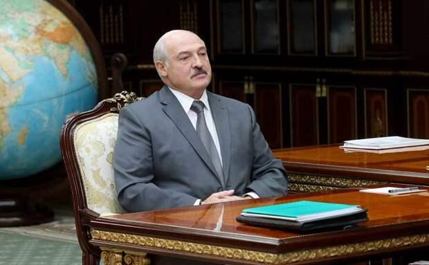 В Конституции Белоруссии может появиться юридическое окно в НАТО
