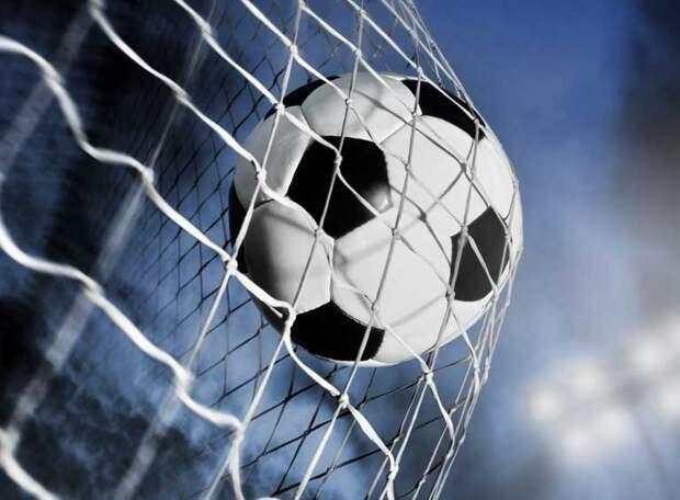 Алмаз помог «Ленинградцу» забить победный гол