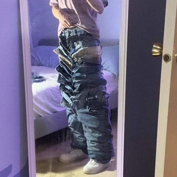 Посчитаете, сколько джинсов?