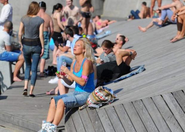 Синоптики заявили: на днях в Россию придет настоящее лето с аномальной жарой