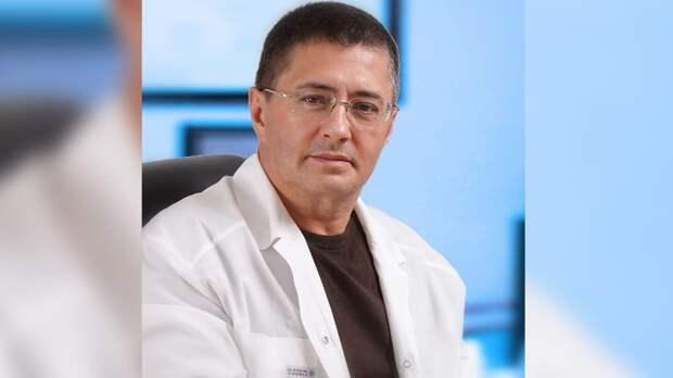 Доктор Мясников предупредил россиян о начале третьей волны коронавируса в стране