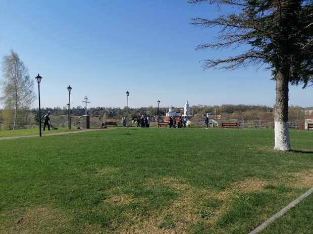 В Ржеве продолжается благоустройство городских территорий