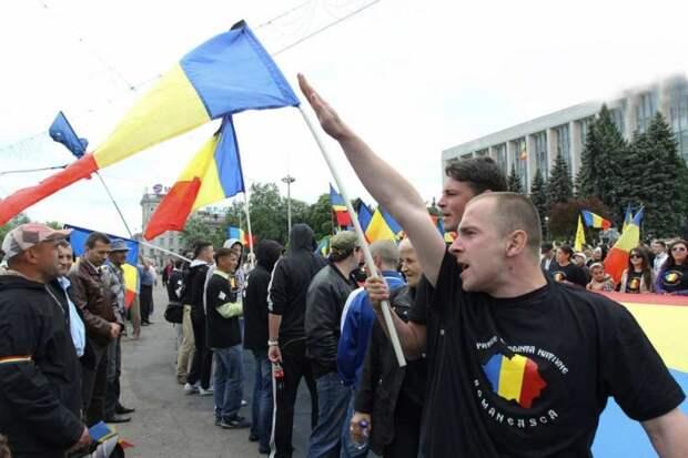Представительства румынских партий оккупировали центр Кишинёва
