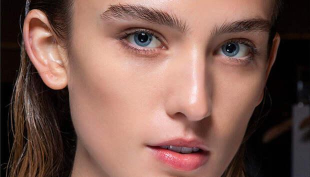 5 главных ошибок, которые мы допускаем, выщипывая брови