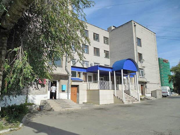 Депздрав: Зарплата врачей курганской БСМП составляет более 95 тысяч рублей