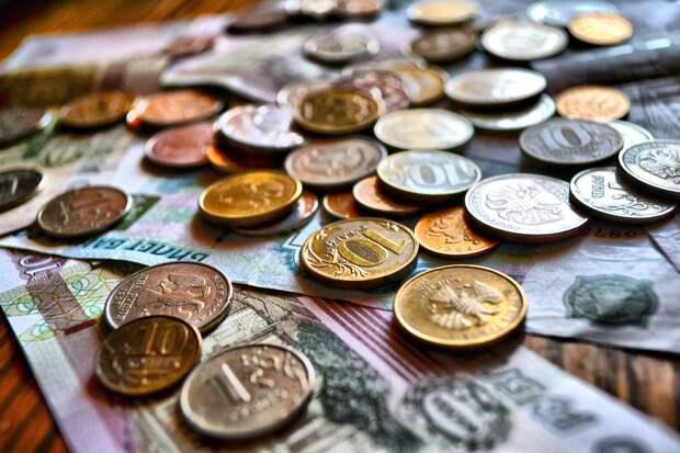 Налогоплательщики Удмуртии перечислили в бюджет почти 83 млрд рублей