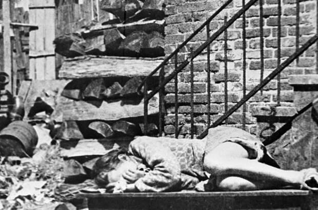 «Особые полномочия». Вермахт получил право на геноцид за 40 дней до войны