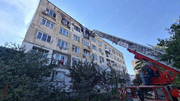 В Евпатории локализовали пожар в многоэтажном жилом доме. ФОТО