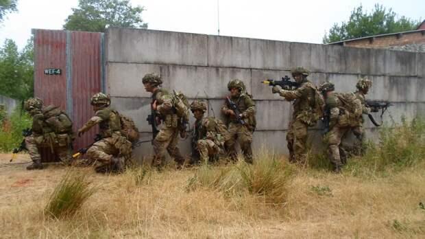 В Британии попытались списать позор солдат НАТО в Эстонии на «агентов Кремля»