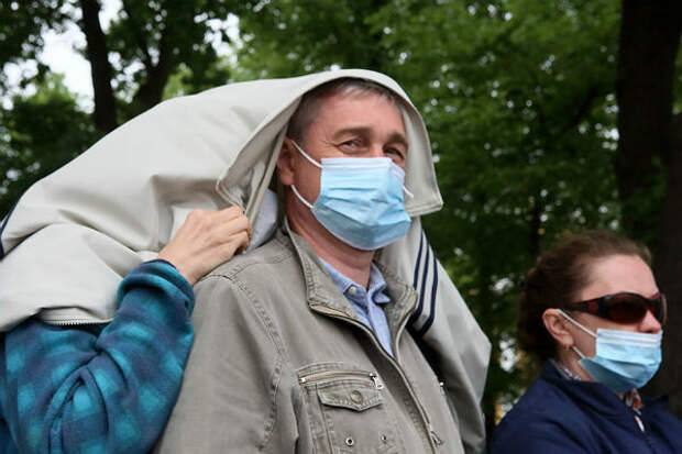 Число новых случаев заболевания COVID-19 в России упало ниже 6 тысяч