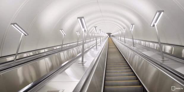 На БКЛ «Марьина Роща» смонтировали самый длинный в Москве эскалатор