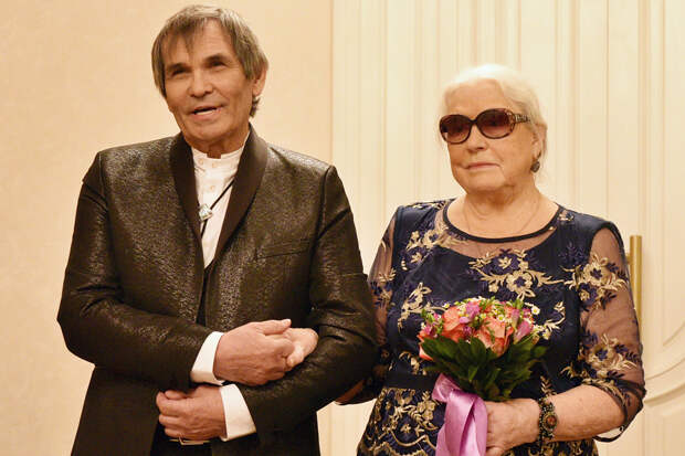Алибасов подал на развод с Федосеевой-Шукшиной