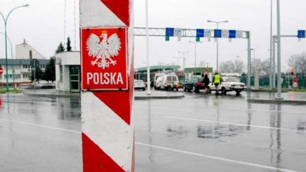 На украинско-польской границе в очередях стоят более тысячи машин