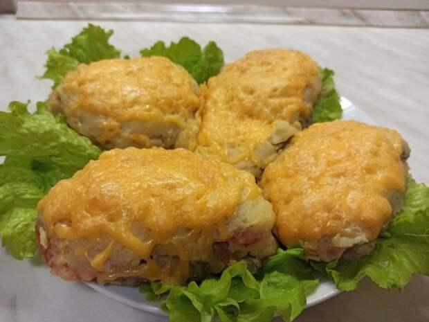 Фото к рецепту: Сочное мясо, под шубой