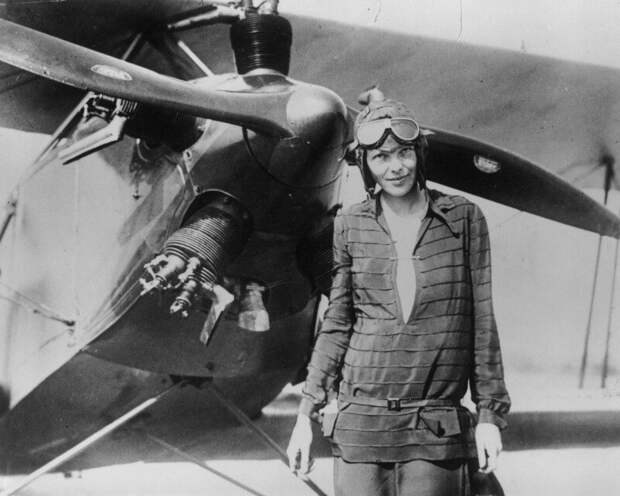 Отважная летчица Амелия Эрхарт: легенда авиации, пропавшая в небе
