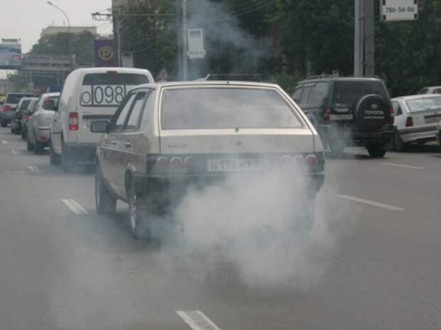 Правительство поддержало идею введения экологического налога на автомобили