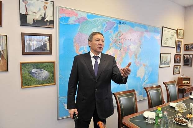Членство липецкого сенатора Королева в «Единой России» приостановили по его желанию