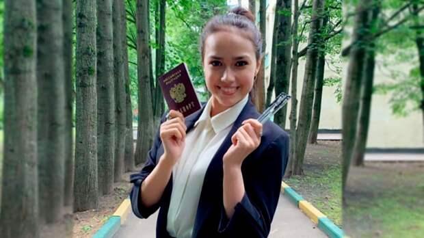 Загитова опубликовала фото после сдачи ЕГЭ по биологии