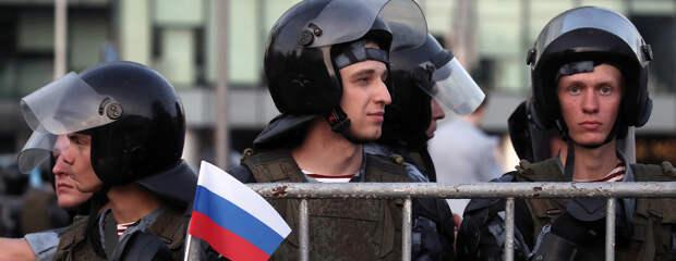 Провокаторы Емельянов и Фомин смогли избежать тюрьмы