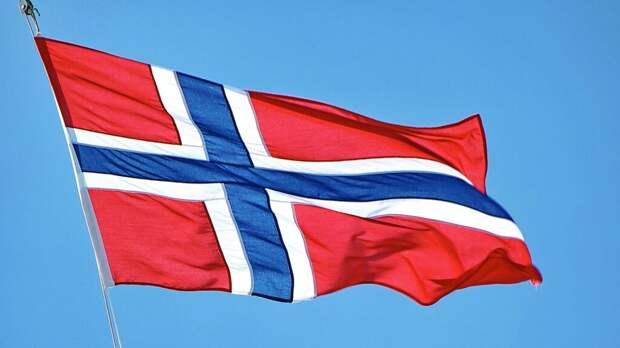 _шорты_норвегия-1024x576 Женскую сборную Норвегии по пляжному гандболу оштрафовали за избыток одежды