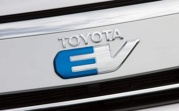 Toyota вновь попытает счастья на электрическом фронте