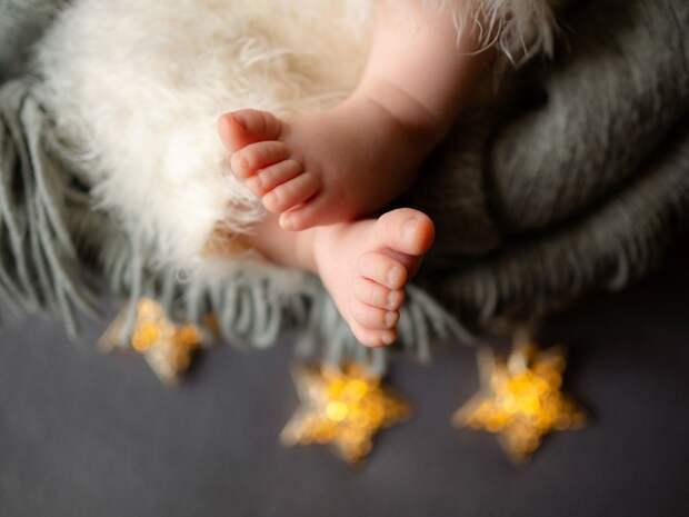 Восемь малышей родились в Удмуртии в новогоднюю ночь