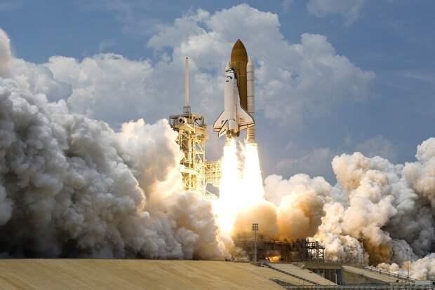 США прекратили продажи ракет Atlas V с российскими двигателями