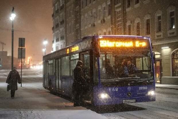 В Москве обстреляли несколько автобусов