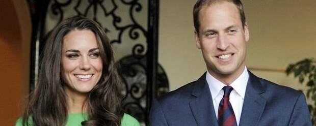 Принц Уильям и Кейт Миддлтон побывали в родном университете