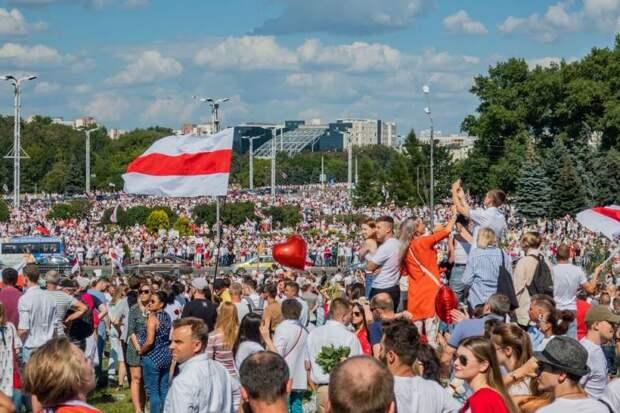 Беларуси предрекли сценарий, похуже венесуэльского