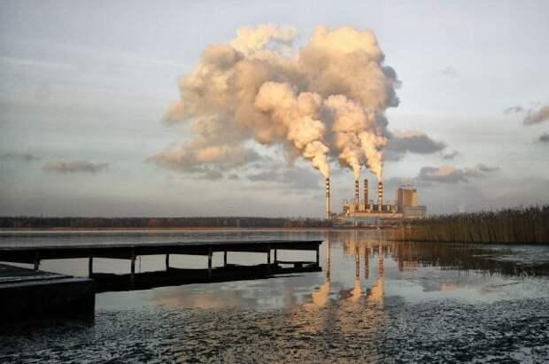 Дума приняла в I чтении проект об ограничении выбросов парниковых газов