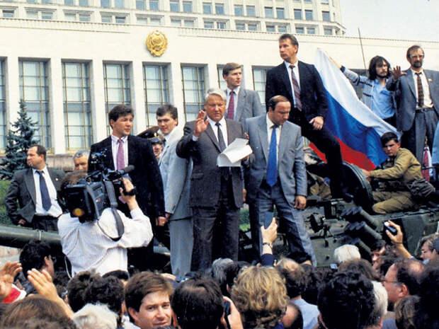 Развал СССР шёл под контролем КГБ