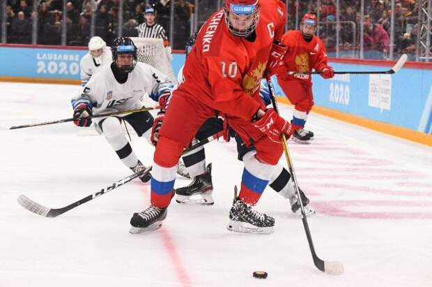 Болельщики признали Мирошниченко лучшим игроком полуфиналов ЮЧМ по хоккею