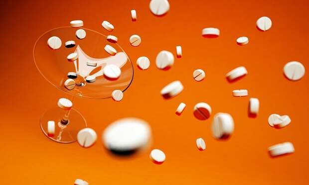 Почему люди любят лечиться таблетками