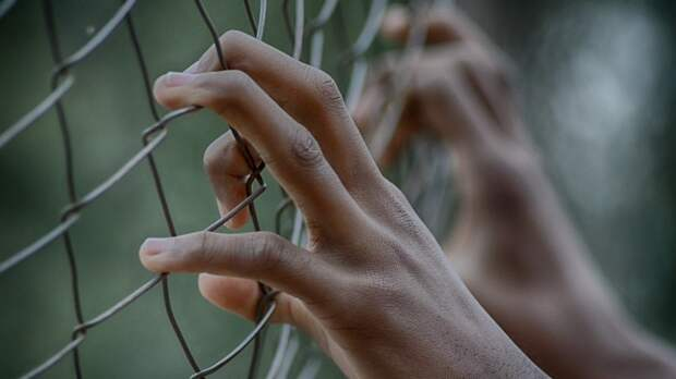 Смертью австралийца от побоев в тюрьме заинтересовался российский ФБР