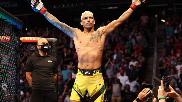 Стали известны гонорары Оливейры, Чендлера и Фергюсона за участие в UFC 262