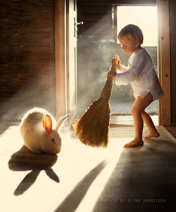 KidsWithAnimals04 Россиянка создает потрясающие фотографии своих детей с животными в деревне