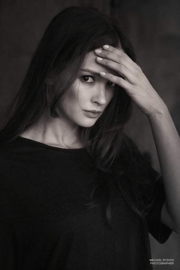 Актриса Паулина Андреева во всем своем великолепии.